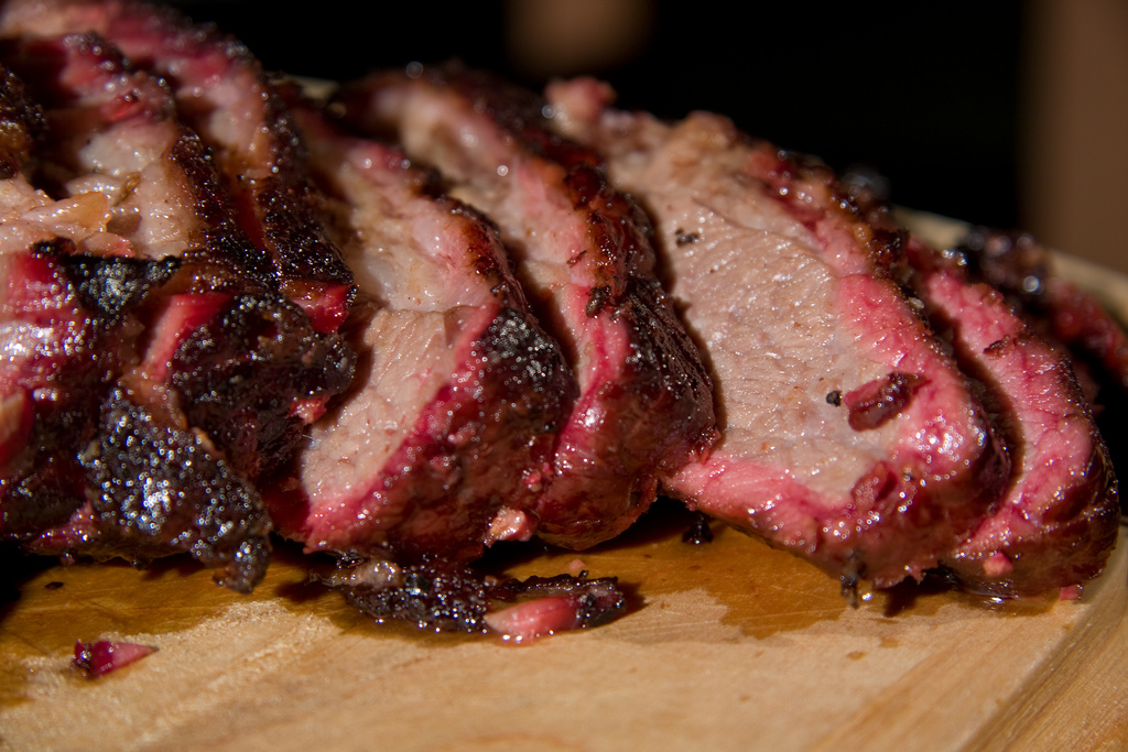 Looking for an amazing bbq beef brisket recipe - How to smoke meat ...